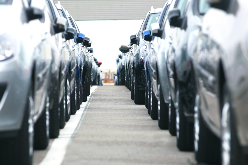 Vývozu dominují osobní auta