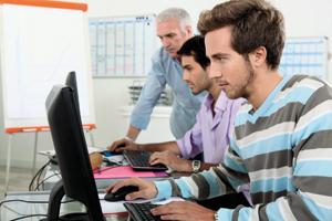 Kancelářské programy Češi zvládají, ale programování ne