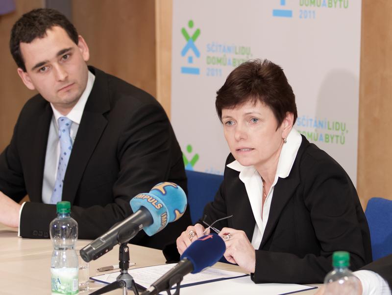Iva Ritschelová na tiskové konferenci SLDB 2011.