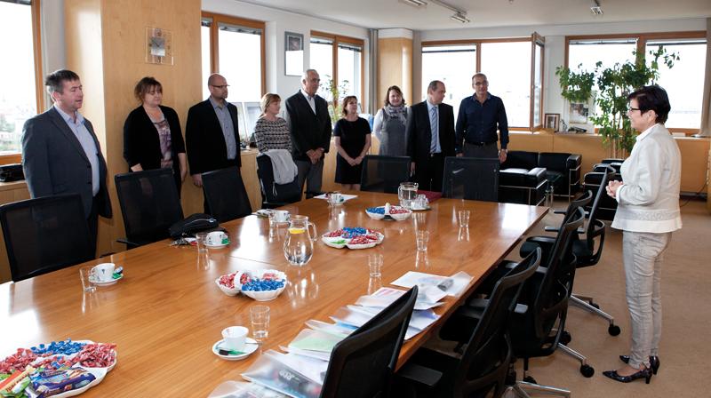 Předsedkyně ČSÚ Iva Ritschelová děkuje zaměstnancům za finanční podporu na nákup dětských knížek.