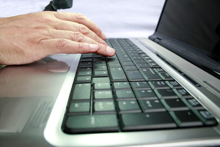 Dvě třetiny pracujících používají IT
