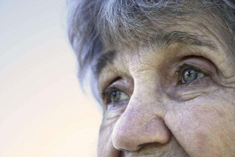 Představuje stárnutí pracujících hrozbu, nebo nikoli?