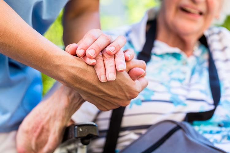 Lidé se zdravotním postižením  jsou často senioři
