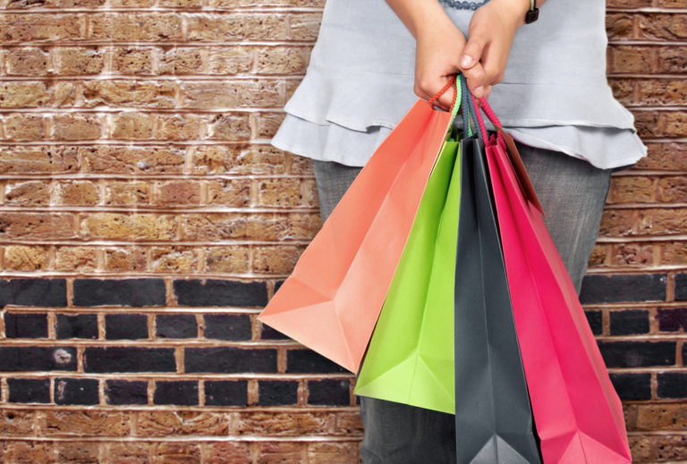 Maloobchodní tržby rostly šestým rokem