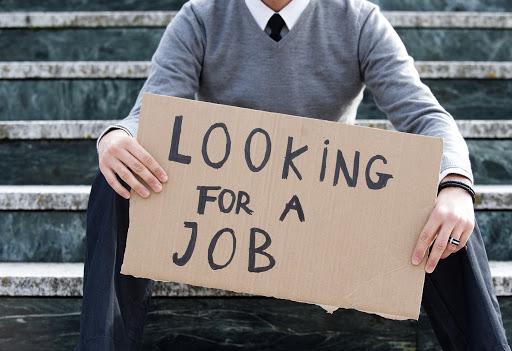 Nezaměstnaných vysokoškoláků je menšina
