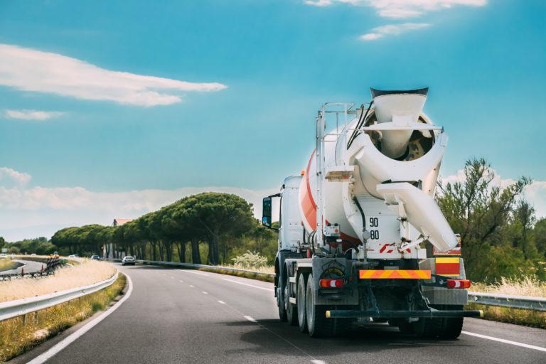 Výroba betonu v prvním čtvrtletí stoupla o téměř 8 %