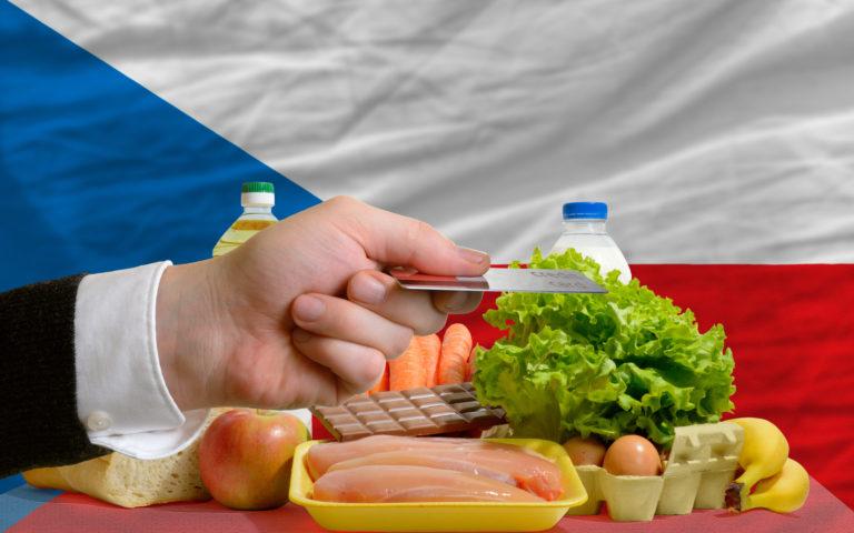 Pasivní saldo bilance agrárního zahraničního obchodu Česka roste