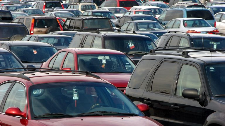 Jaké je skutečné stáří vozidel v Česku?