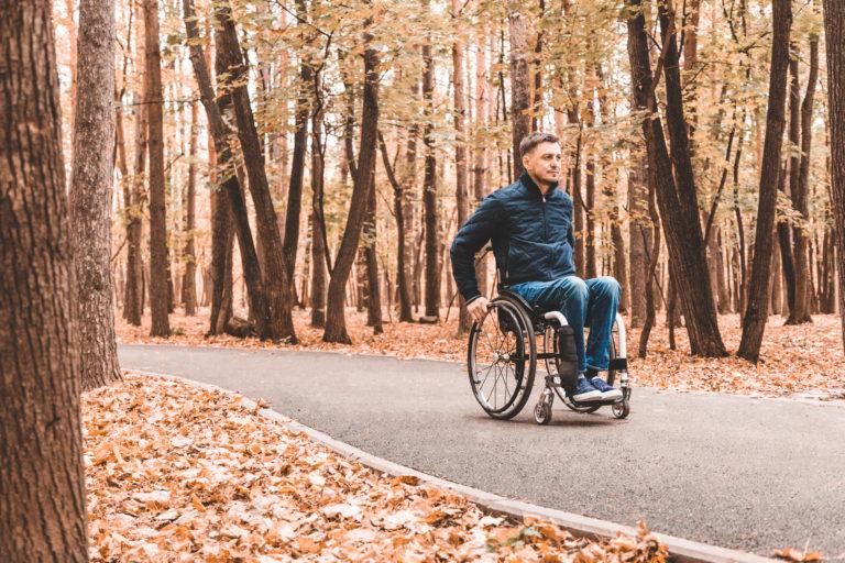 Příčiny invalidity se liší v závislosti na věku