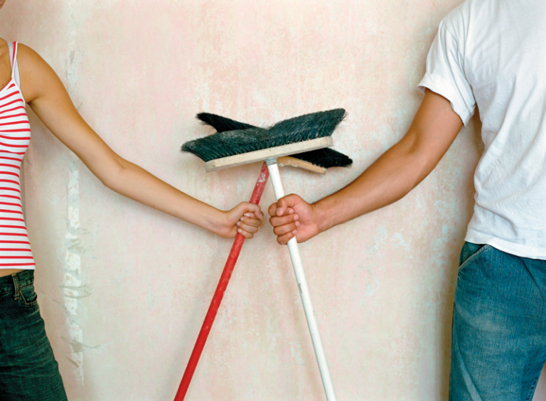 Muži častěji obětují volný čas práci