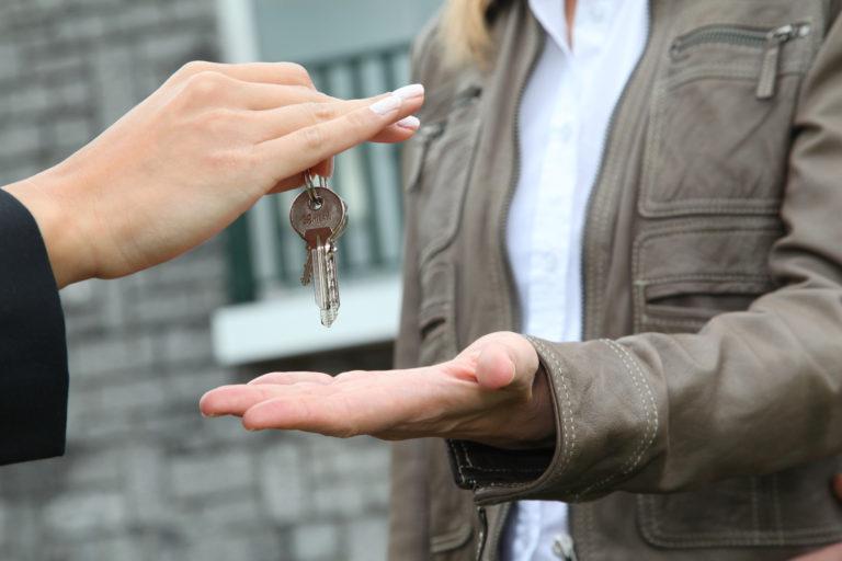 Na čem jsou závislé prodeje nemovitostí