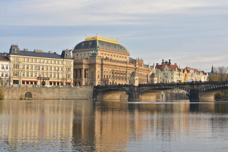 Praha lákala víc než Vídeň