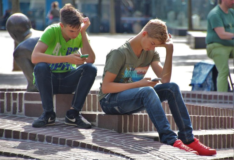 Studenti v kyberprostoru